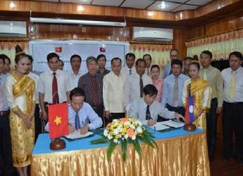 Hợp tác liên biên giới giữa VQG Phong Nha - Kẻ Bàng và Khu bảo tồn Hin Nậm Nô tỉnh Khăm Muộn nước CHDCND Lào